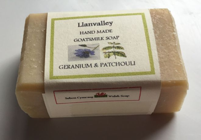 Bath sized Goatsmilk Soap with  Geranium & Patchouli